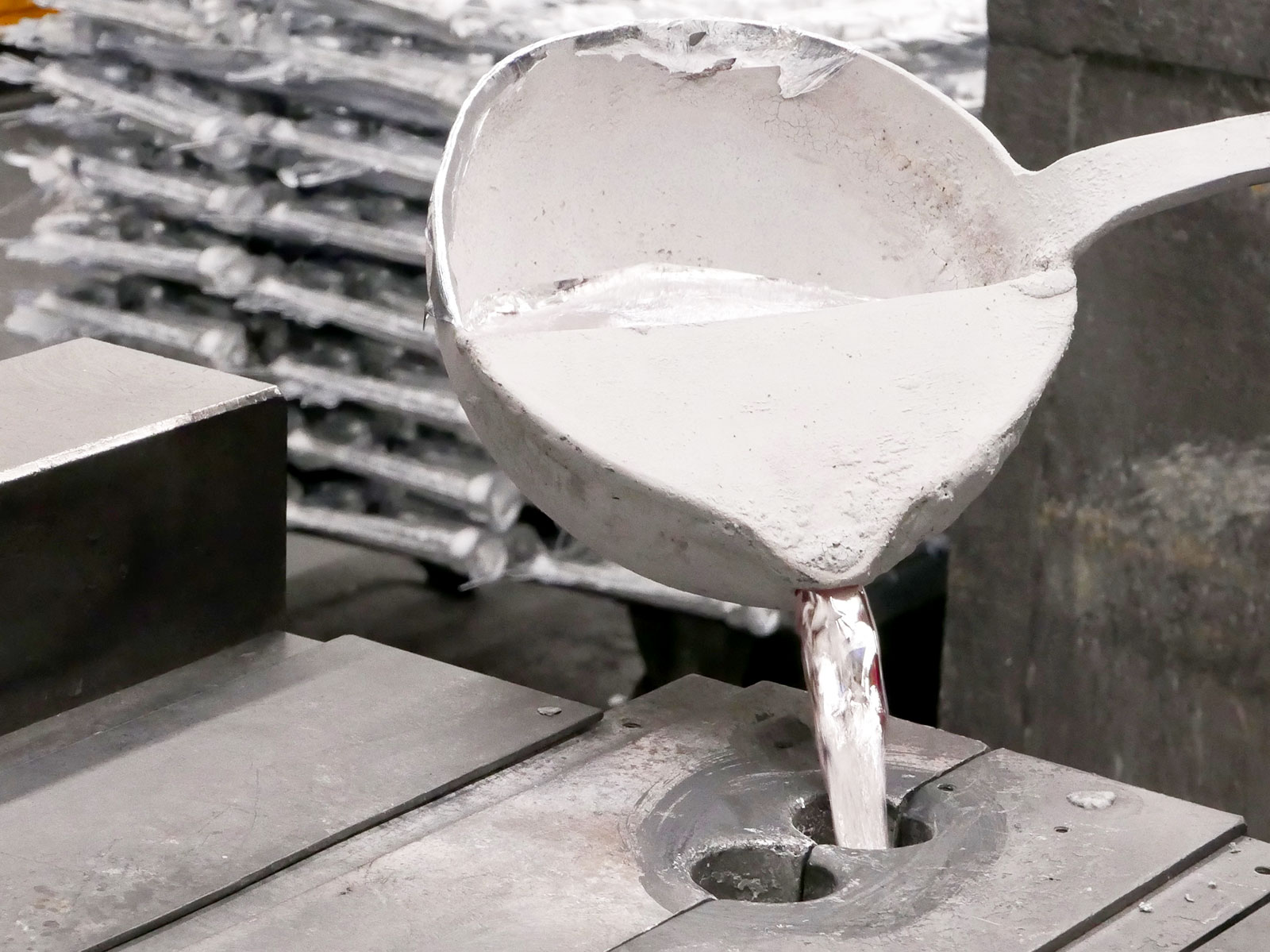 Aluminiumguss Kokillenkuss in Aluminiumgießerei